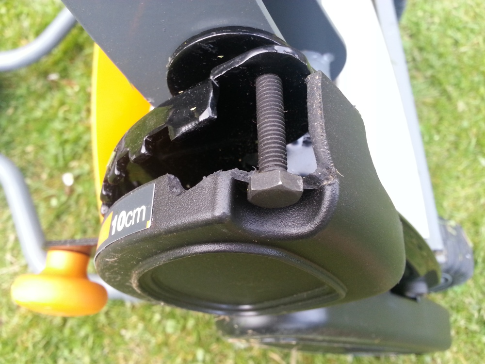 Fiskars Mower broken cover